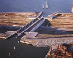 Krabbersgat_naviduct,_Enkhuizen,_Netherlands-2